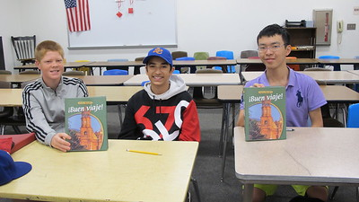 Students Wave 'Hola' From Summer School
