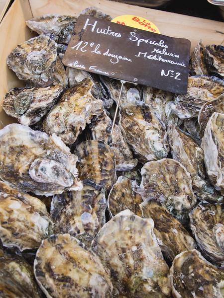 aix en provence market oysters-2.jpg