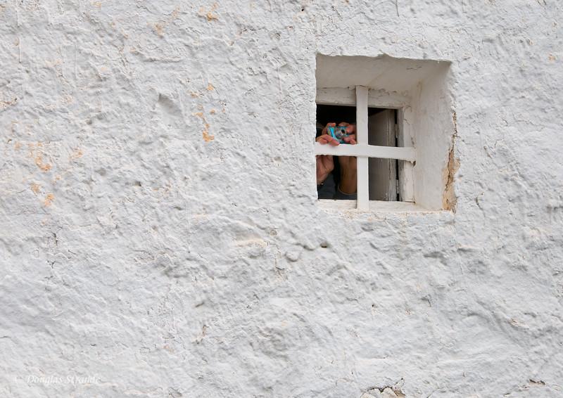 Wed 3/09 in La Mancha: Guess Who?