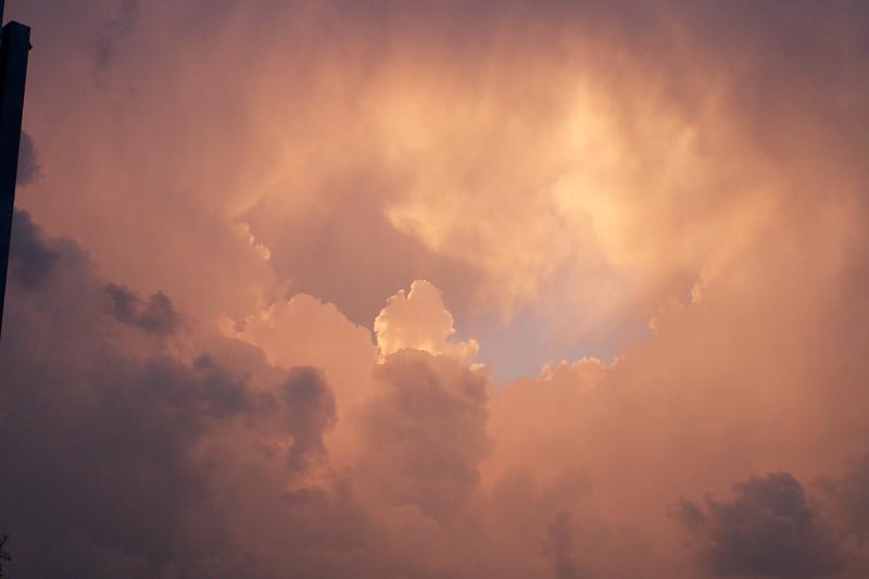 red-clouds-dawn_8777585087_o.jpg