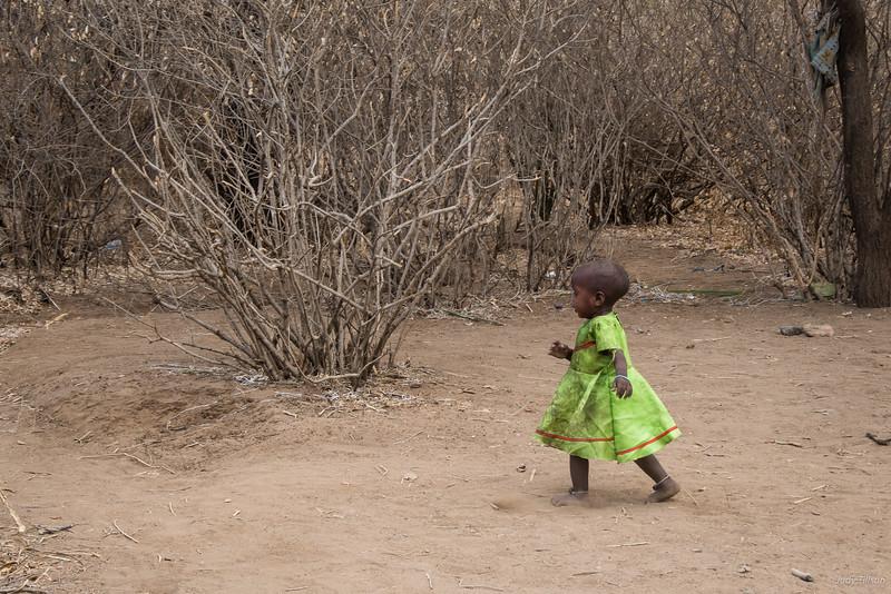 Hadzabe young girl-3001.jpg