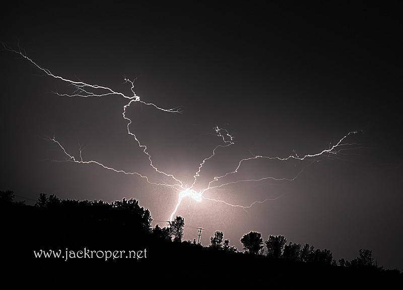 lightning bolt waupon.jpg