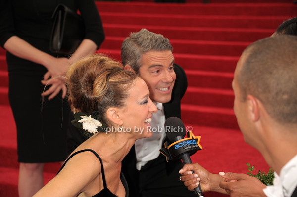 Sarah Jessica Parker and Andy Cohen photo by Rob Rich © 2014 robwayne1@aol.com 516-676-3939