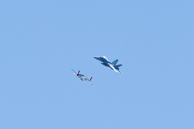 AirshowPatternFlyers_082310_031.jpg
