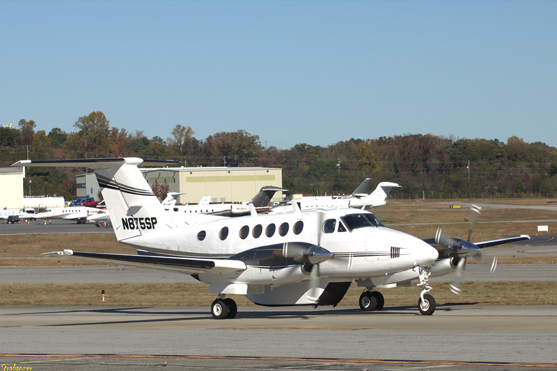 Beech 200 Super King Air c/n  BB-86  N875SP  + Cargo Pod SAMARITANS PURSE BOONE , NC, US Dekalb Peachtree (KPDK), Ga, 11/16/2020, Departing for Greenwood (KGWO)  This work is licensed under a Creative Commons Attribution- NonCommercial 4.0 International License.