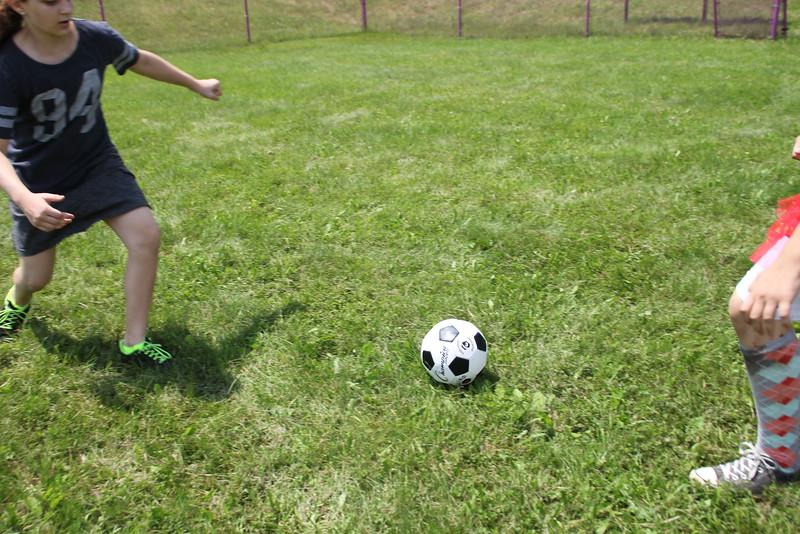 kars4kids_thezone_camp_GirlDivsion_activities_sports_soccor (2).JPG
