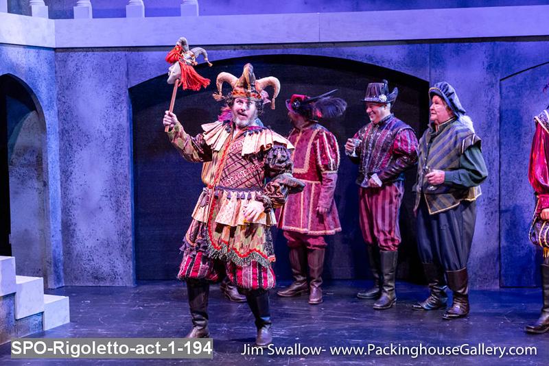 SPO-Rigoletto-act-1-194.jpg