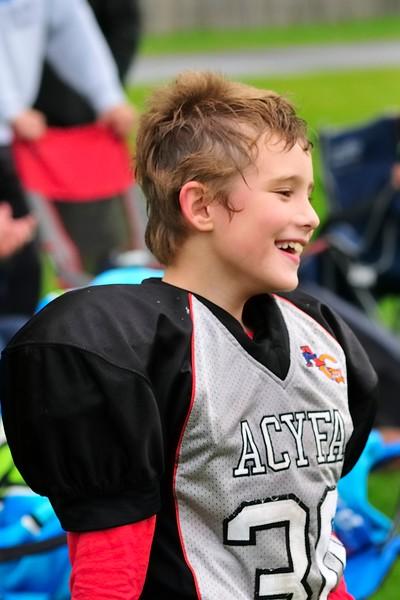 2017-10-07 Owen's Football Game - 3rd Grade 076.jpg