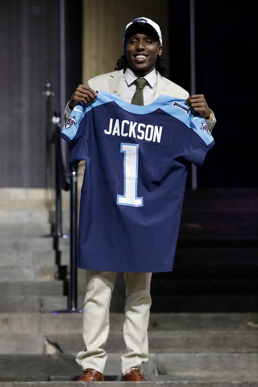 . Southern California\'s Adoree\' Jackson poses after being selected by the Tennessee Titans during the first round of the 2017 NFL football draft, Thursday, April 27, 2017, in Philadelphia. (AP Photo/Matt Rourke)