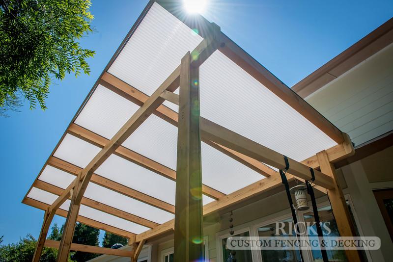 5164 - Wood-Framed Patio Cover with Acrylic Paneling