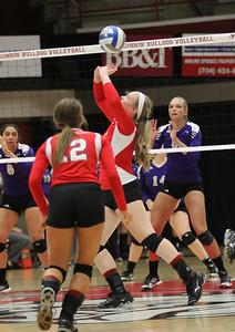 Volleyball VS WCU