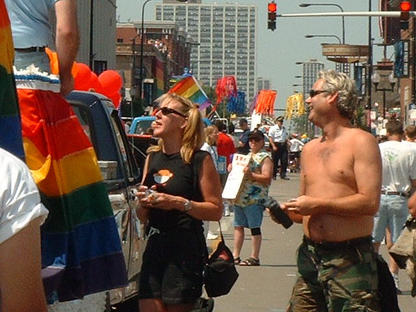 Pride Parade 2001-41-1.jpg