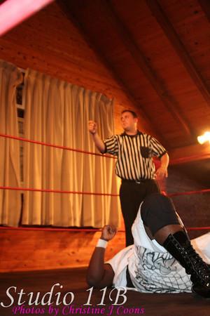 PWI 081102 - Chris Mooch vs Mr Williams