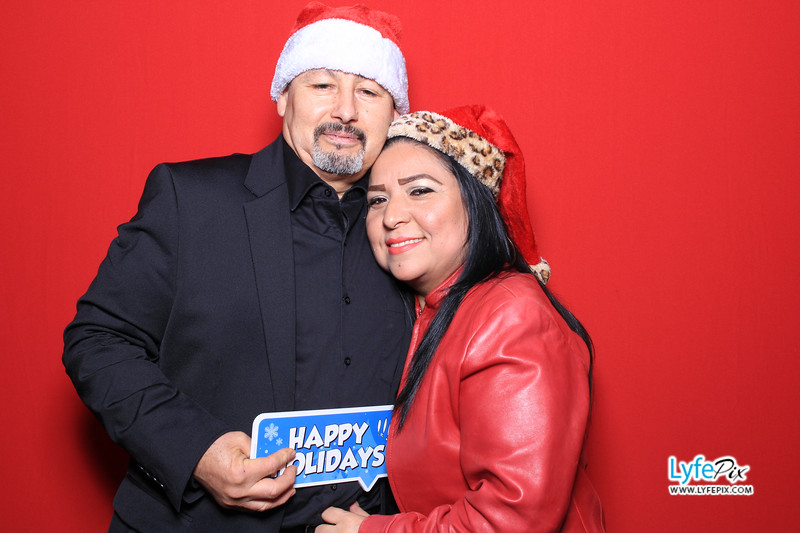 eastern-2018-holiday-party-sterling-virginia-photo-booth-0049.jpg