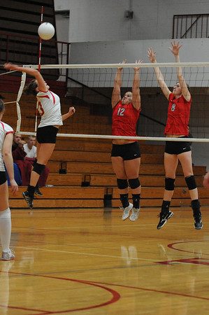 <center><br>Lady Titan Volleyball<br>Union at Fort Vancouver<br>Oct 27, 2009</center>