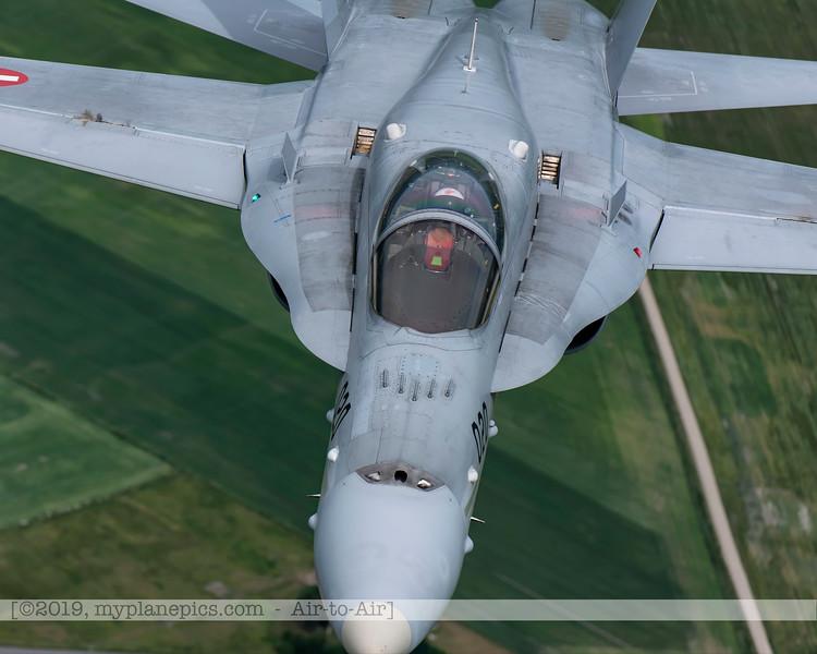 F20180609a112620_2144-F-18A Hornet-J-5020-Suisse-Demo-a2a-Aalborg,Danemark.JPG