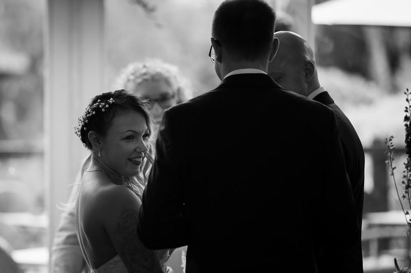 Sam_and_Louisa_wedding_great_hallingbury_manor_hotel_ben_savell_photography-0066.jpg