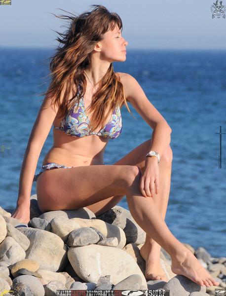 malibu beautiful woman april swimsuit 45surf 145.34.34