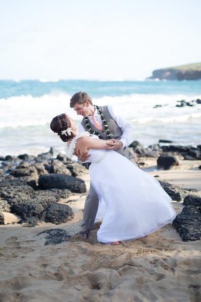 gillin beach kauai wedding-149.jpg