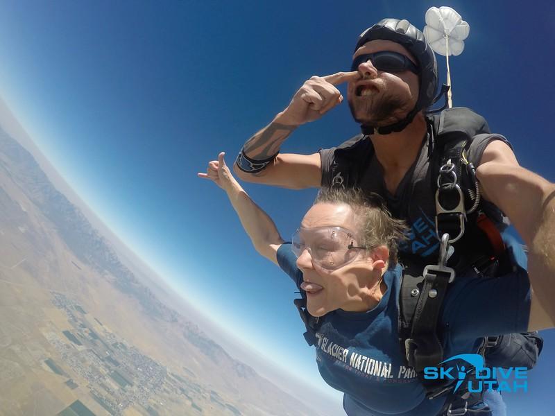 Lisa Ferguson at Skydive Utah - 42.jpg
