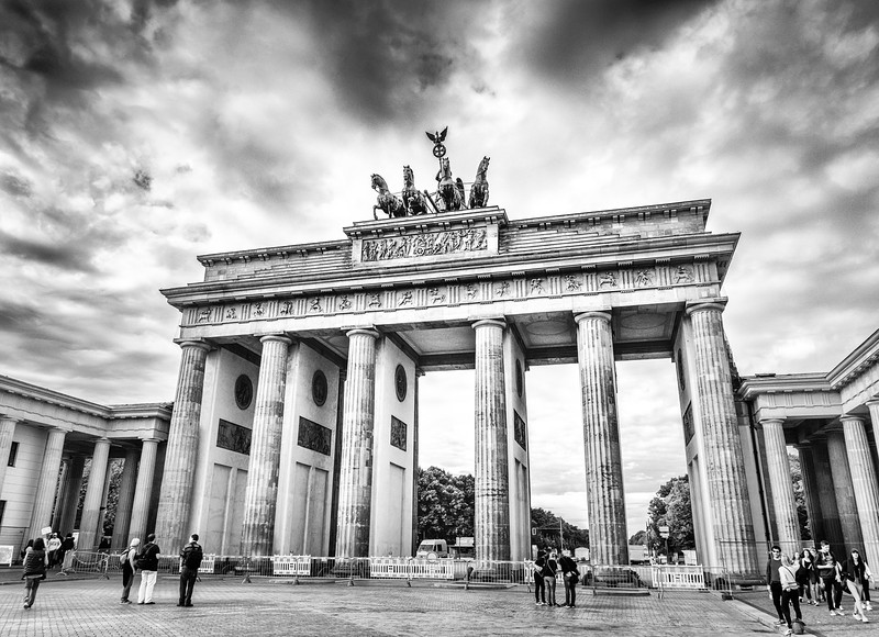 brandenburg-gate-bw-berlin-germany.jpg