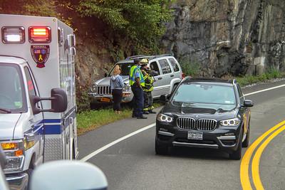 9-28-18 MVA, Bear Mountain Bridge Road, Photos By Bob Rimm