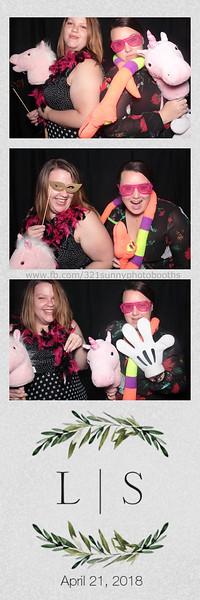ELP0421 Lauren & Stephen wedding photobooth 92.jpg