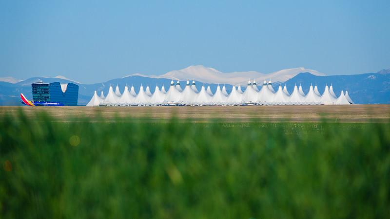 042921_jeppesen_terminal_tents-002.jpg