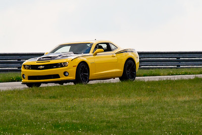2020 SCCA TNiA June Pitt Race Interm Yellow Camaro