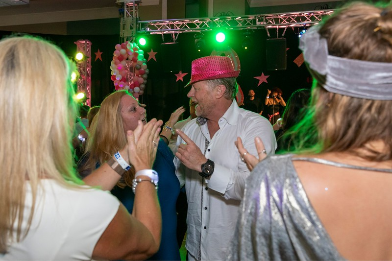2019_11_Yachtail_Party_00945.jpg