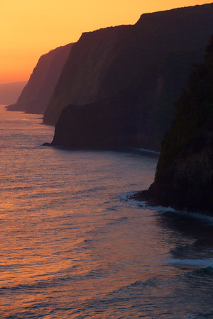 Pololu Cliffs at Sunrise