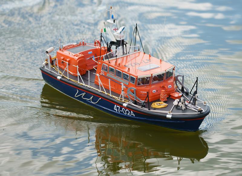 47-024, RNLB Hilda Jarrett, SRCMBC, Setley Pond, Solent Radio Control Model Boat Club, Tyne-class, lifeboat