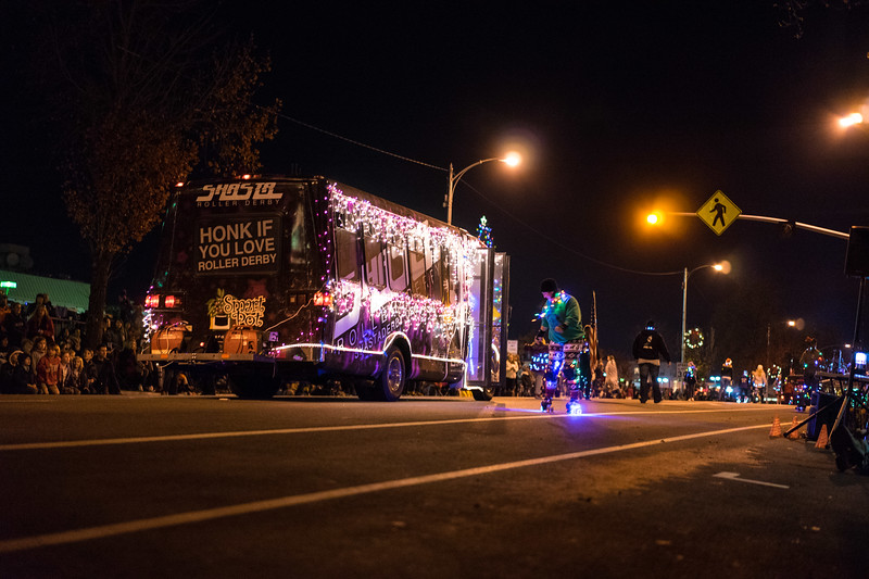 Light_Parade_2015-08342.jpg