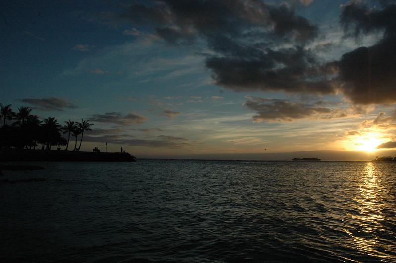Hawaii - Ala Moana Beach Sunset-36.JPG