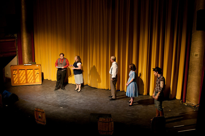 Curtains.20110301.2039.jpg
