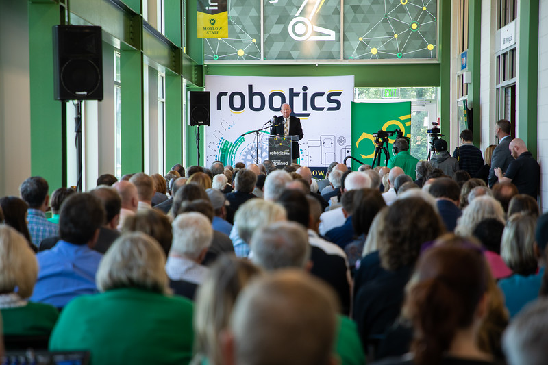 Robotics Grand Opening-8929.jpg