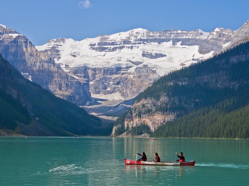 Canots sur  le lac Louise