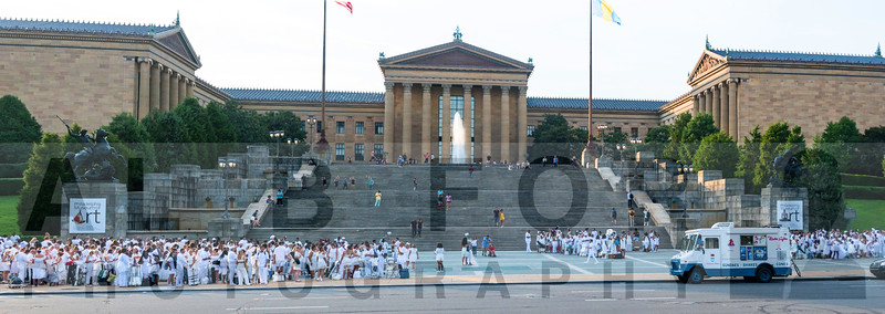 Aug 22, 2019 , LE DÎNER EN BLANC 2019-Boat House Row
