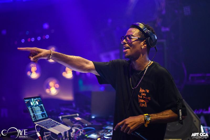 DJ Puffy at Cove Sept 14, 2019 (26).jpg