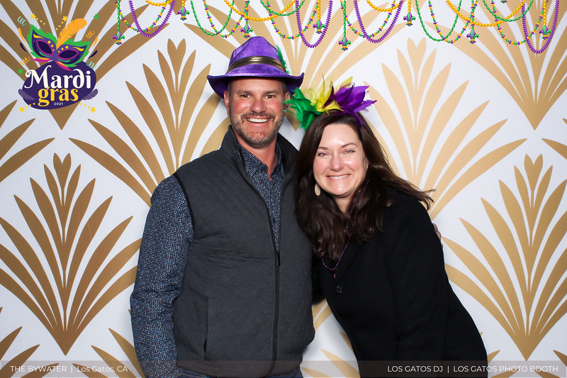 LOS GATOS DJ - The Bywater's Mardi Gras 2021 Photo Booth Photos (beads overlay) (3 of 29).jpg