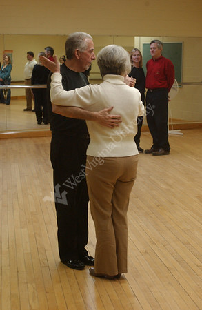 24527 BALLROOM DANCING JANET WILMOUTH