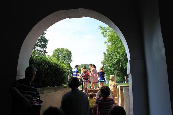 2nd Grade Historical UVA Rotunda Visit