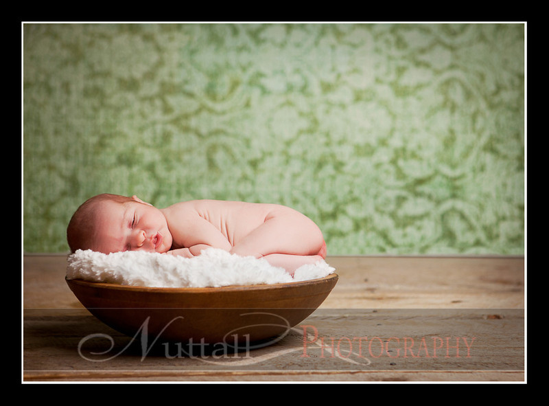 Clara Newborn 24.jpg
