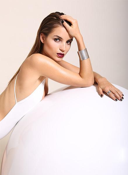 Hair-Makeup-Emi-Koizumi-Beauty-Editorial-Creative-Space-Artists-Management-25.jpg