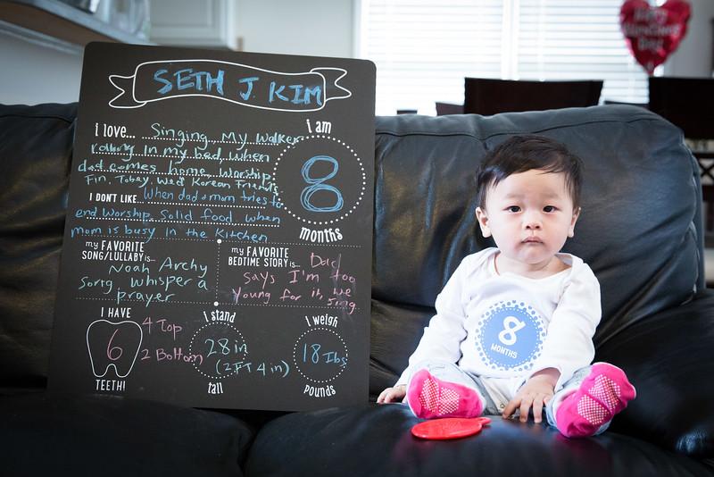 Seth 8 month-3430.jpg