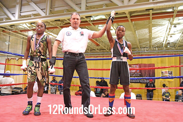 Bout 12 Douglas Foggie Jr, Blue Gloves, CWCB Cincy -vs- Latrell King, Red Gloves, UBA Cleve, 85 bs, 10-11 Yrs