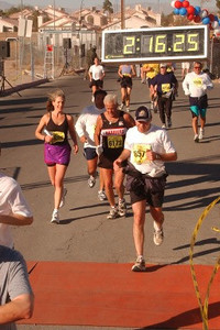 2003 Las Vegas Half Marathon - Brian Mader approaches the finish line in his comeback race