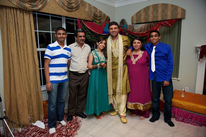Rahim-Mehndi-2012-06-00507.jpg