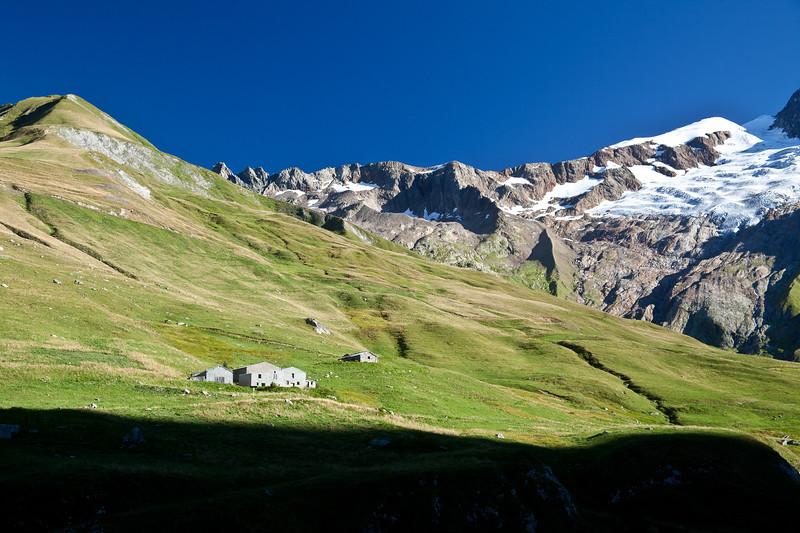 Refuge des Monttes, Vallee des Glaciers