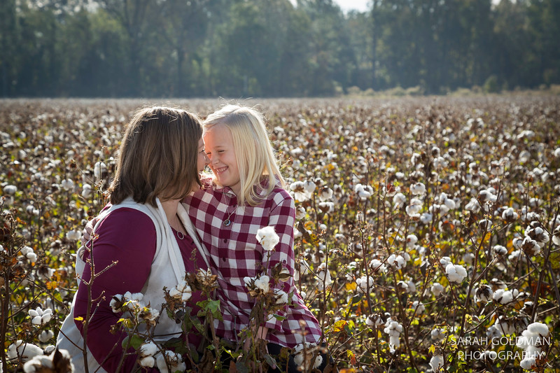 family-photos-in-cotton-field (58).jpg